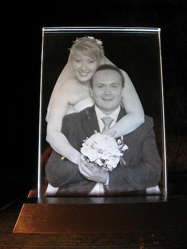 Свадебное фото в стекле